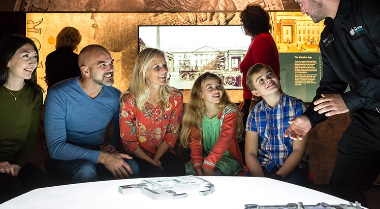 rme_exhibition_family.jpg